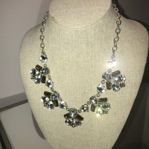Stella & Dot Lila Necklace
